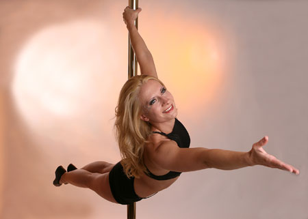 Alina Schmidt Crazy Pole Dancing Instructor