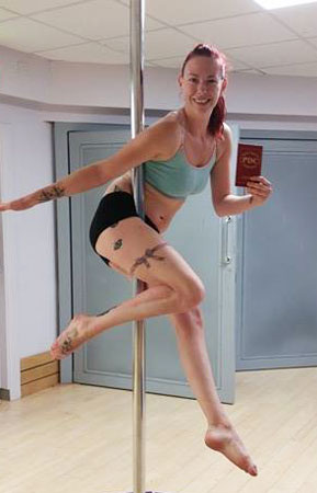 Polelatis Graded pole dance student Carly
