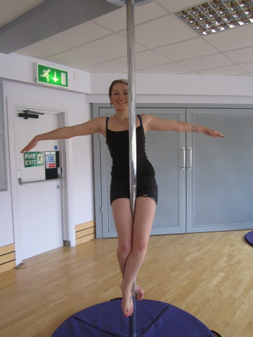 AAP Happy Pole Dance Grading Polelatis