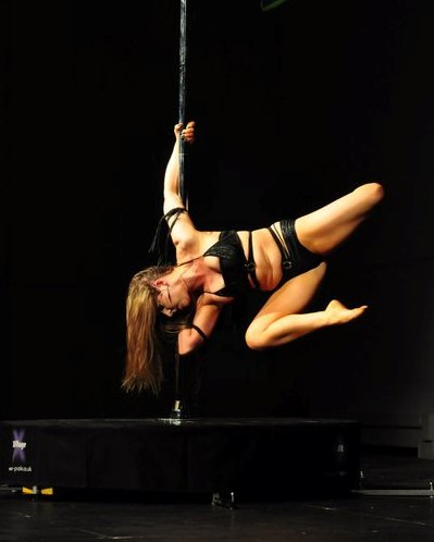 Jamie Alexah Taylor Pole Dancing Instructor