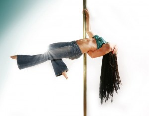 Becca_Butcher_Tabletop_pole_dancing_picture