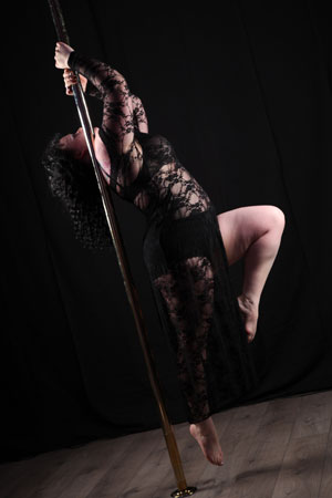 Gemma Hopkins Pole Dancing Instructor
