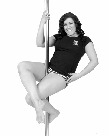 Sian Young Pole dancing picture