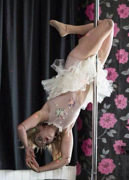 Dayna Wetherall Amazing Pole Dancer