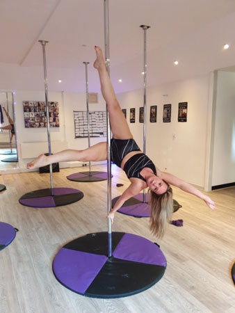Joanne Mardles pole dancing teacher