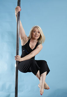 Karen Currie Pole Dancing Instructor