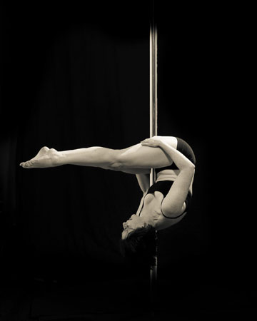 Kirstin McKenzie Pole Dance Teacher