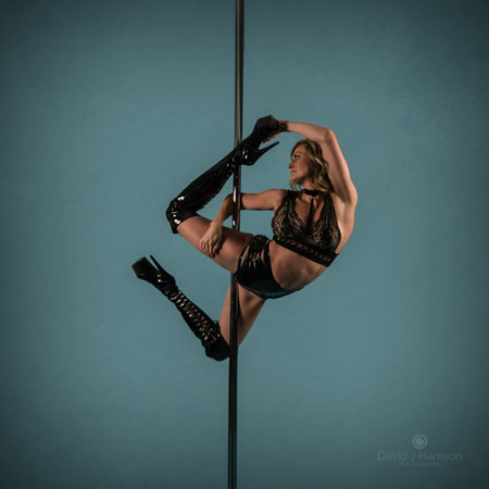 karrie hammersley pole dance instructor