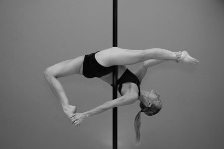 tracey simmonds pole dance instructor
