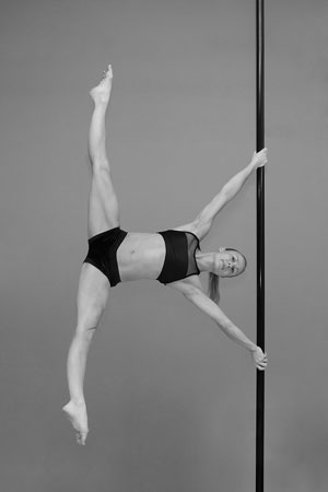 tracey simmonds pole dancing teacherr