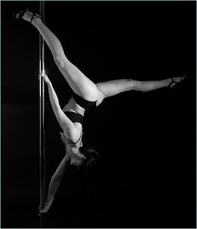 Emily's Pole Fitness pole dancing picture