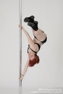 pole dance image