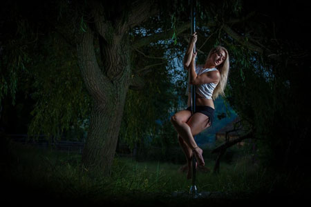 Elizabeth Markham Pole Dancing-Instructor