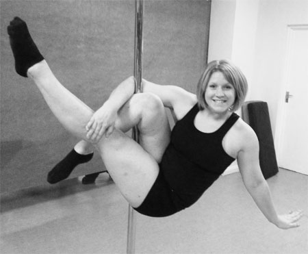 Shelly Cainey Pole-Fitness teacher