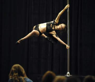 midwest pole dancing competition lindy