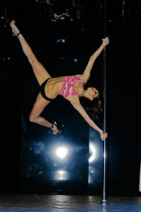 Sarah Cretul pole dancing picture